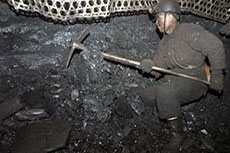 China April coal output down 7.4% on 2014