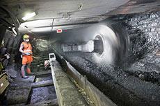 Controlling dust in longwall mines