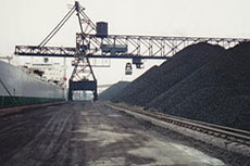Arch Coal acquires equity interest in west coast terminal