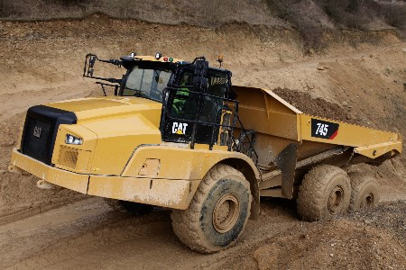 Cat releases new articulated truck: Cat 745