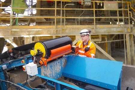 Martin Engineering extends conveyor belt cleaner programme to the UK