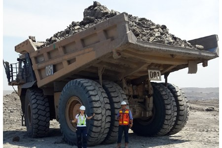 Indonesian coal mine equipped with Magna tyres