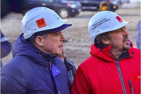 Head of Russia's Sakhalin region visits Solntsevsky coal mine and Shakhtersk coal seaport