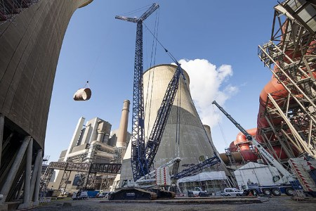 Liebherr crawler crane helps modify cooling tower at Weisweiler power plant